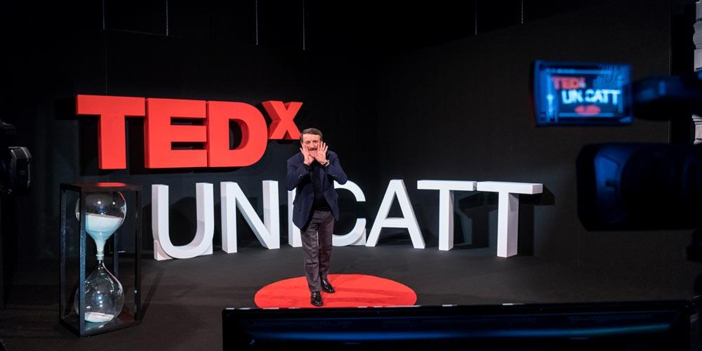 Diventa parte del team volontario di TEDxUNICATT