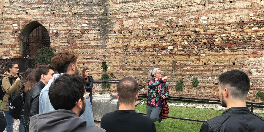 FOCUS - Visita al Museo di Castelvecchio: il restauro poetico di Carlo Scarpa