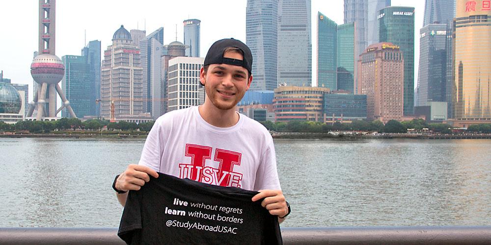 Edoardo Castagna ci racconta la sua esperienza a Shangai con IUSVE e USAC
