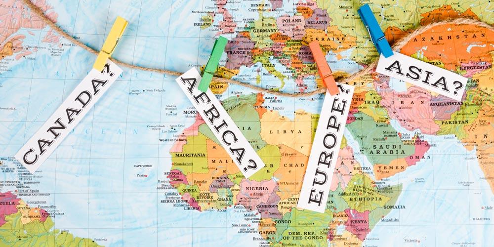 Bando di selezione per 3 borse di studio per semestre all'estero