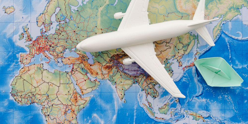 Bando di selezione per 4 borse di studio per semestre all'estero